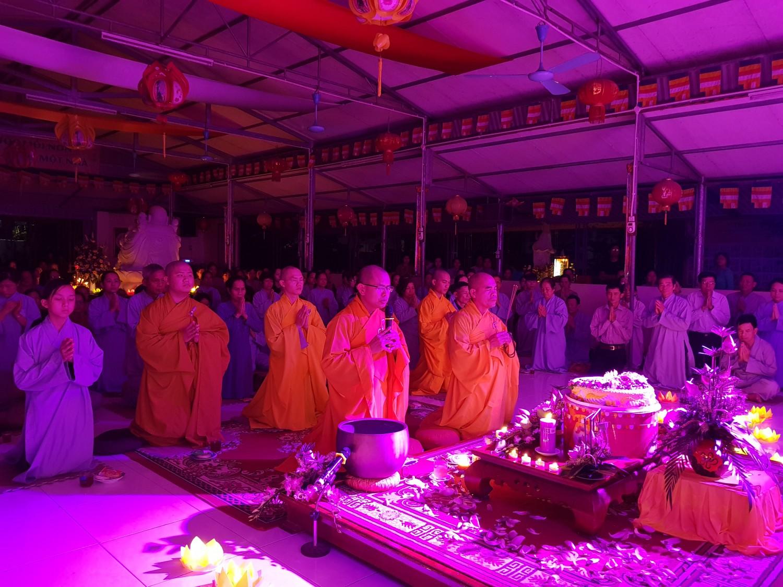 Đêm Thiền trà Phật Đản tại không gian tâm linh chùa Đức Hậu
